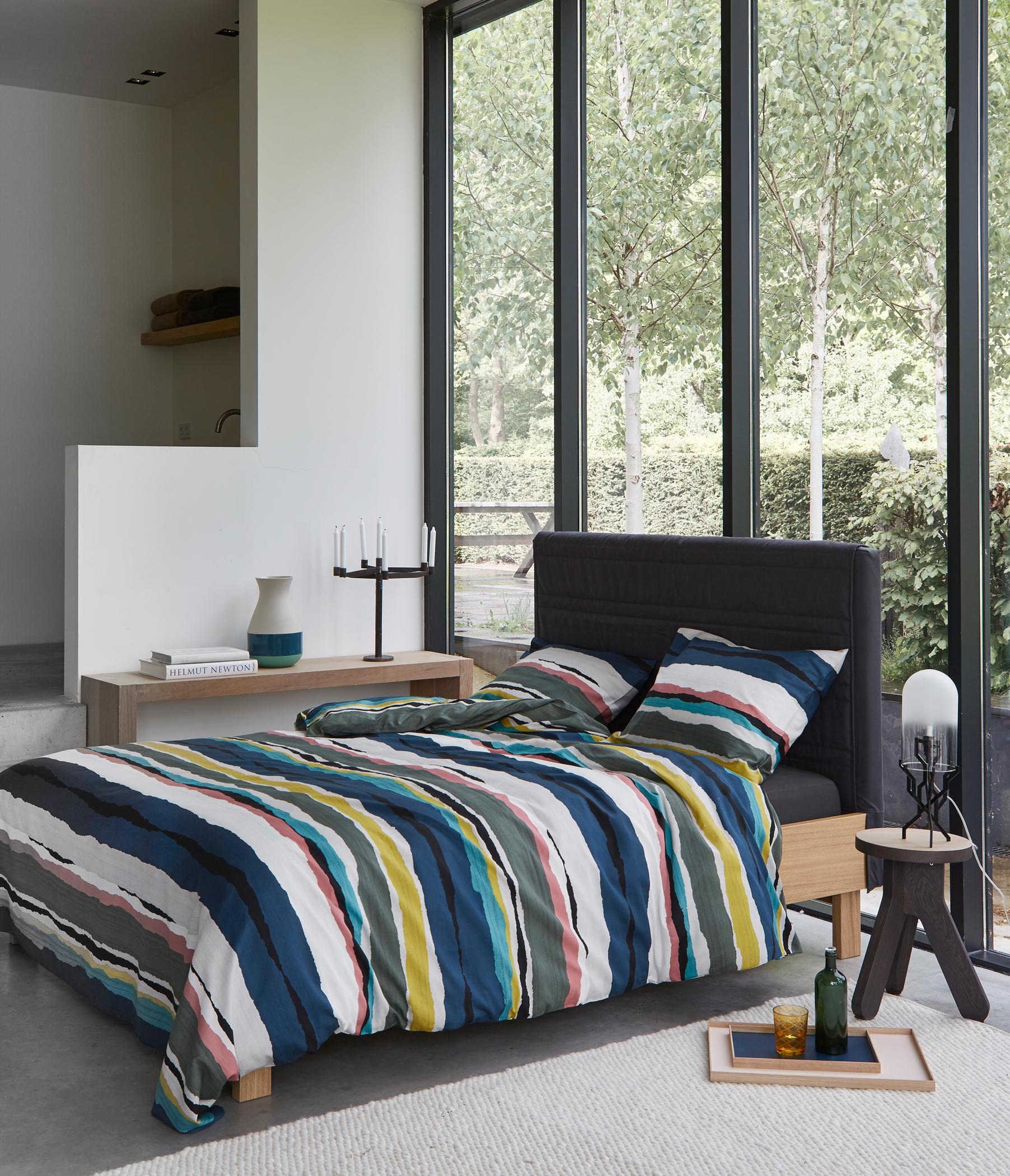 bunte bettw sche bilder ideen couchstyle. Black Bedroom Furniture Sets. Home Design Ideas
