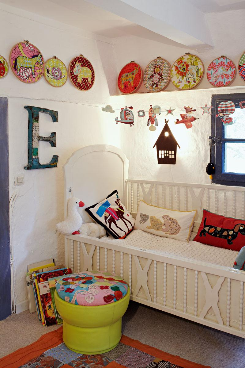 farben im kinderzimmer bilder ideen couchstyle. Black Bedroom Furniture Sets. Home Design Ideas