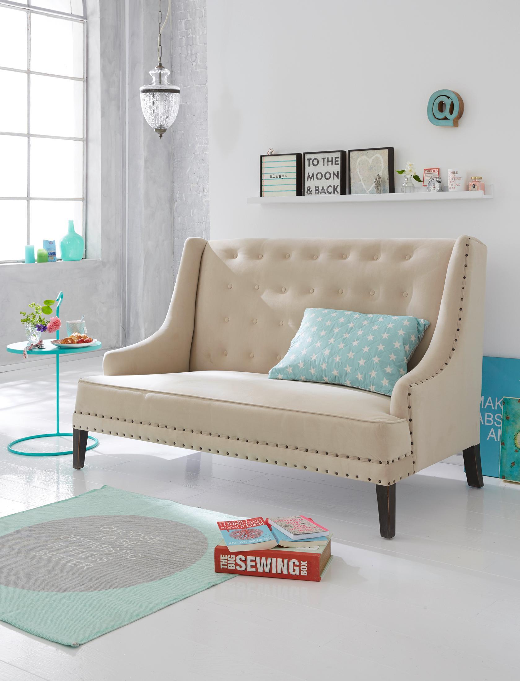 Cremefarbenes sofa bilder ideen couchstyle for Beistelltisch couch