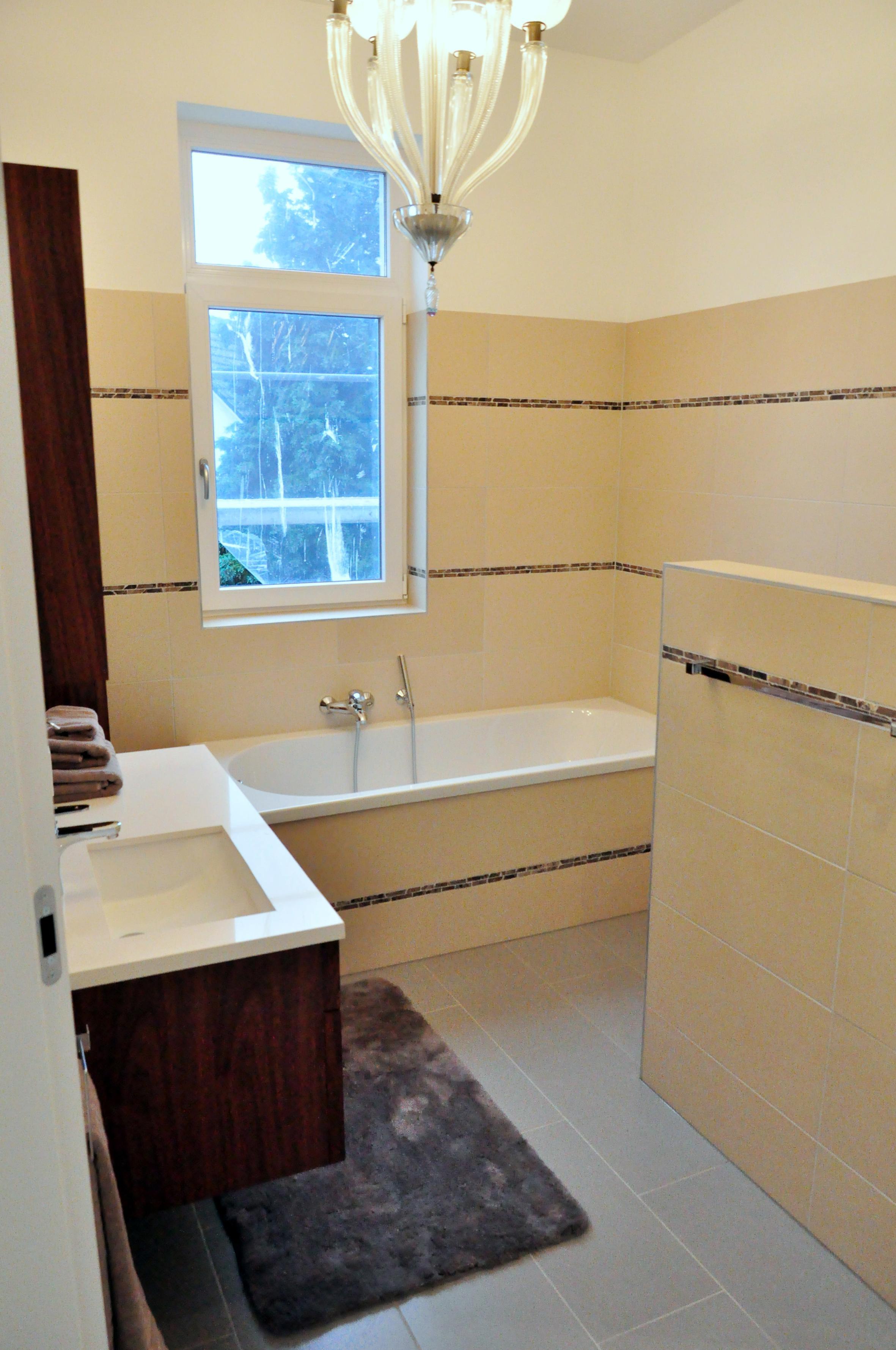 badezimmer dachschr ge bilder ideen couchstyle. Black Bedroom Furniture Sets. Home Design Ideas