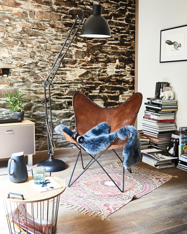 Steinwand bilder ideen couchstyle for Beistelltisch stein
