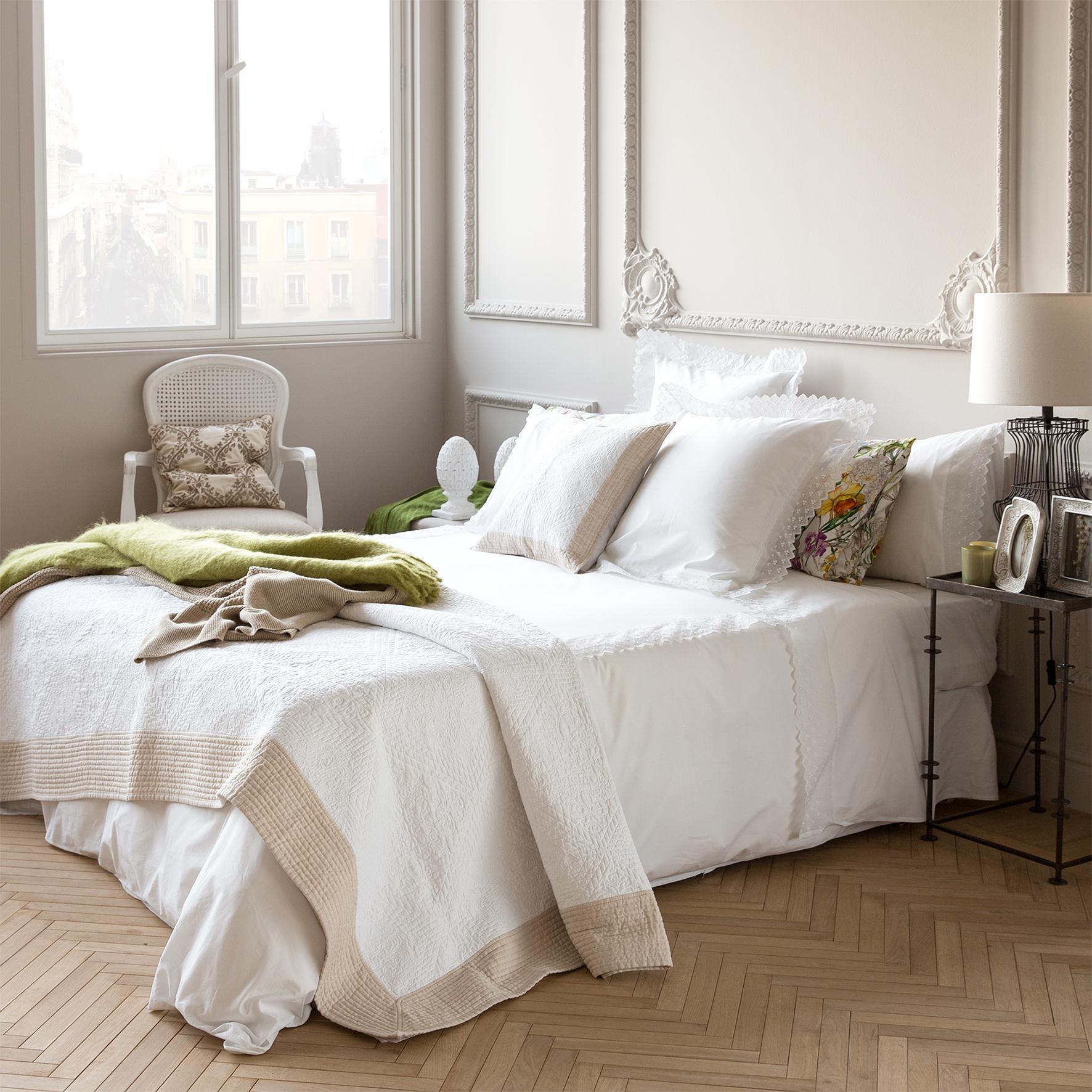 Tagesdecke bilder ideen couchstyle for Beistelltisch zara
