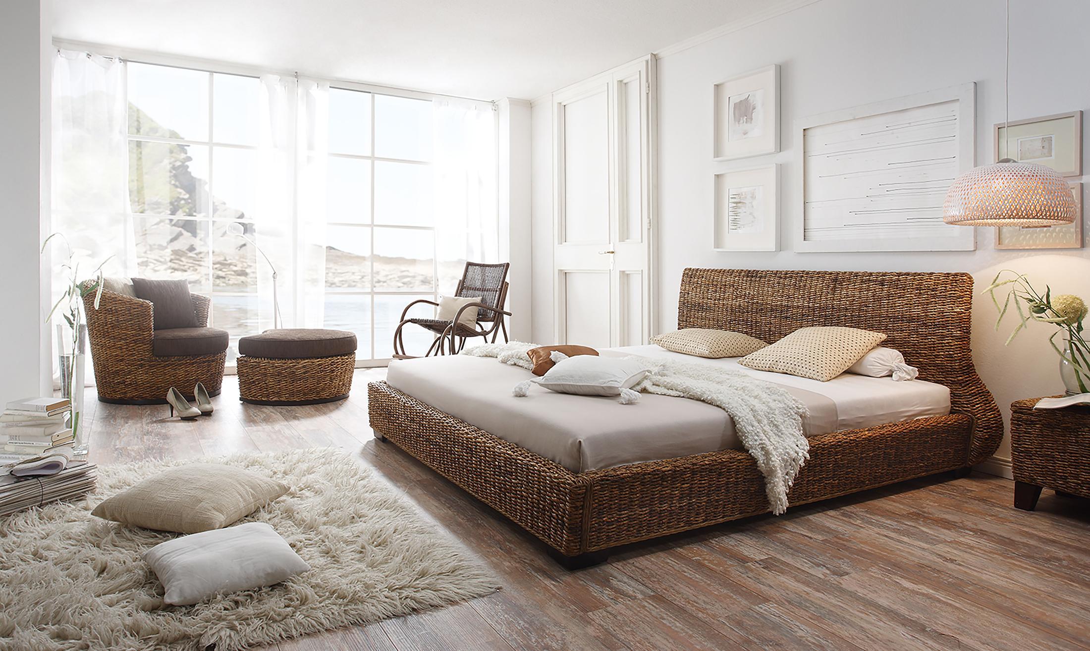 schaukelstuhl aus holz bilder ideen couchstyle. Black Bedroom Furniture Sets. Home Design Ideas
