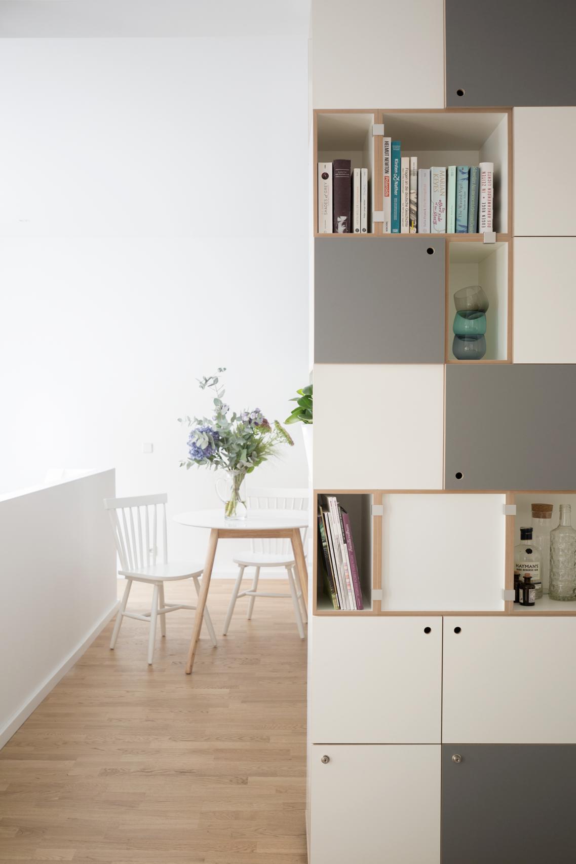 regalsystem bilder ideen couchstyle. Black Bedroom Furniture Sets. Home Design Ideas